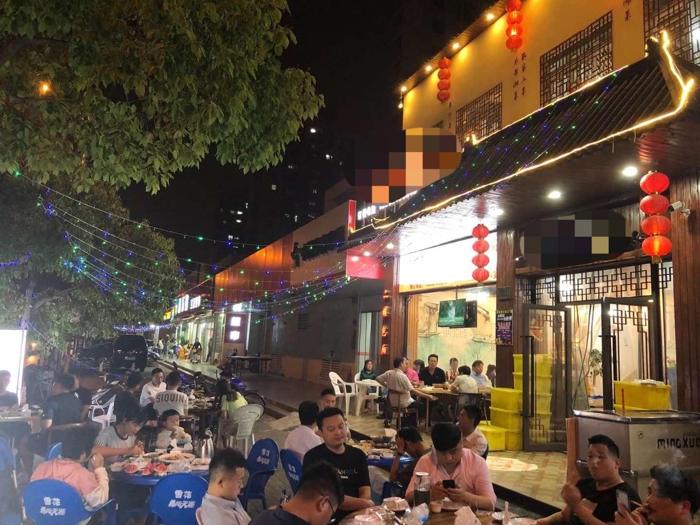 周浦重餐饮商铺可以做龙虾烧烤火锅等餐饮旺铺转让实景图片