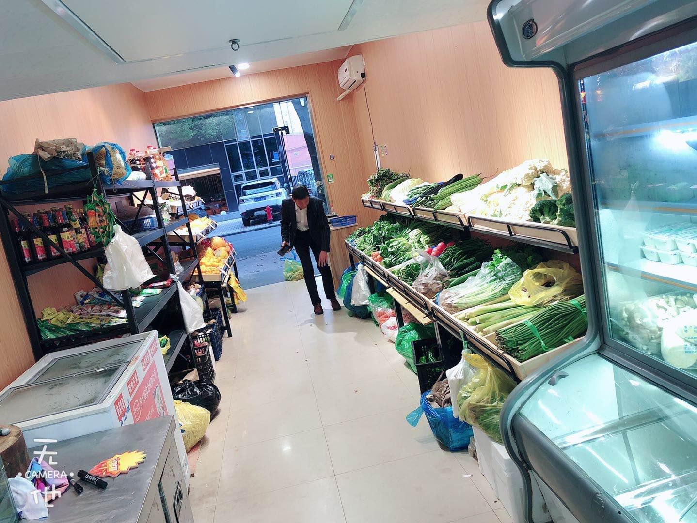 松江九亭龙金路生鲜麻辣烫早餐小吃店转让实景图片